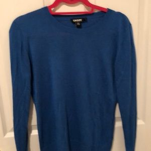 DKNY blue sweater lightweight